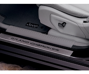 Front Grand Cherokee Logo Door Entry Guards